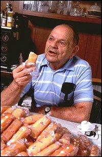 Twinkie_man